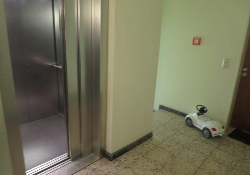 Treppengang - Aufzug